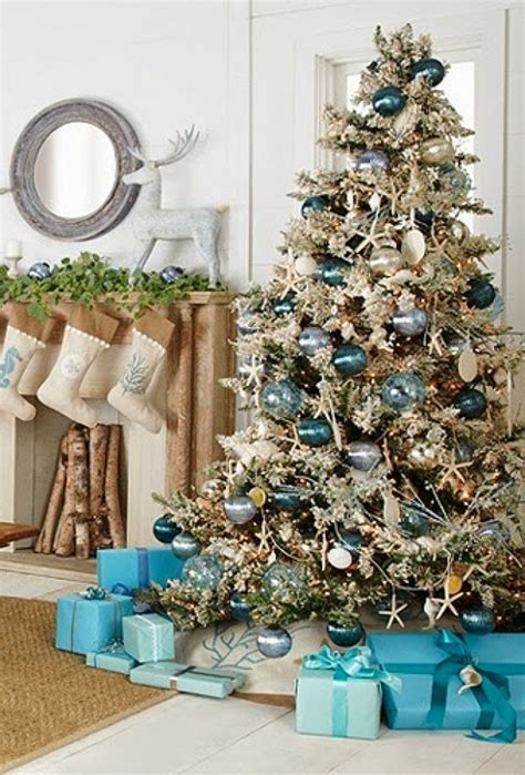 blue and gold christmas tree ideas