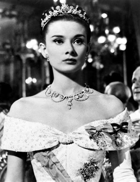 biography of movie queen roman holiday audrey hepburn as princess ann girls do film