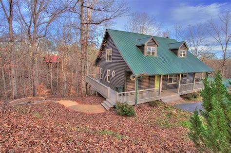 Cabin Host by Family Cabin Rental Creek