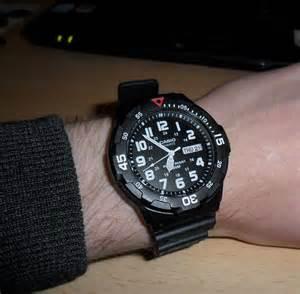 Jam Tangan Casio F 200w 1a Original Bergaransi jual jam tangan casio mrw 200h 1bvdf original