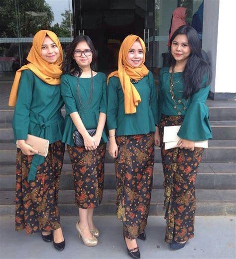 Rok Batik Span Pendek B30517010mot2 Bawahan Batik Model Serut Modis 14 model rok span batik yang lagi ngetren style remaja style remaja
