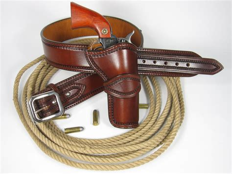 Handmade Leather Holster - handmade custom leather western holster and belt