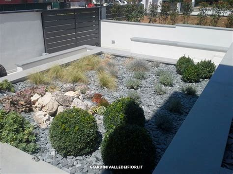 giardino moderno design awesome privati giardini moderni per ville di nuova