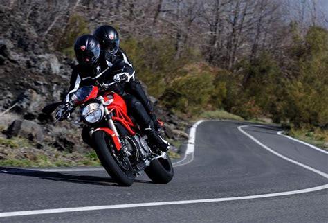 Ducati Monster 1100 Evo Motorrad by Gebrauchte Ducati Monster 1100 Evo Motorr 228 Der Kaufen