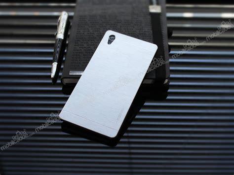 Sony Xperia Z2 Motomo motomo sony xperia z2 metal silver rubber k箟l箟f stoktan