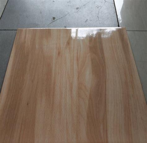 desain keramik lantai motif kayu terbaru  rumahpedia