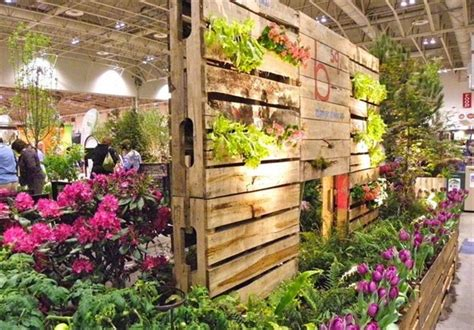 Vertical Garden Pallet 13 Pallet Vertical Garden For Beautifying You Home