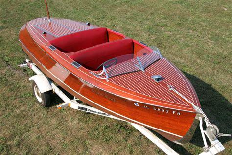 barrel back boat chris craft 1940 17 barrel back