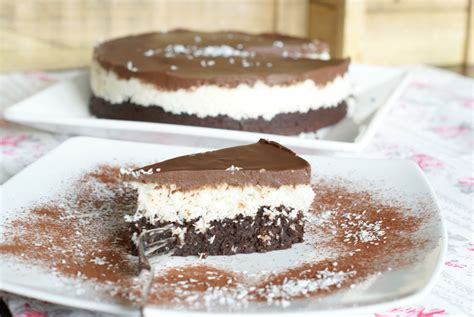 kuchen mit schokolade kuchen mit kokosraspeln und schokolade beliebte rezepte
