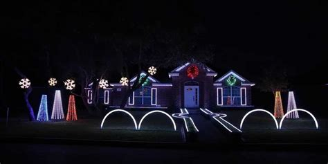Light Dubstep by Family Sets Up 11 Minute Dubstep Light Display