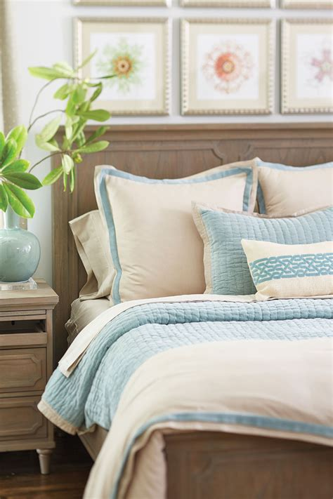 bed pillow decorating ideas how to arrange pillows on your bed decorazilla design blog