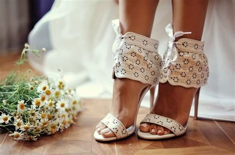 Best Bridal Shoes to Wear for Summer Wedding