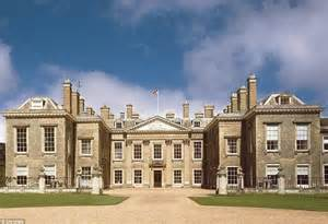 Spencer Homes by Tarrystone Estate That Belonged To Earl Spencer Goes On