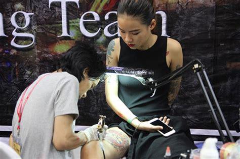 hanoi tattoo convention a tattoo renaissance in staid vietnam news vietnamnet