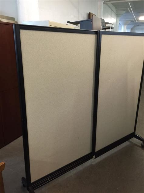 Expandable Room Divider Used Office Cubicles Expandable Mobile Room Divider Partition At Furniture Finders