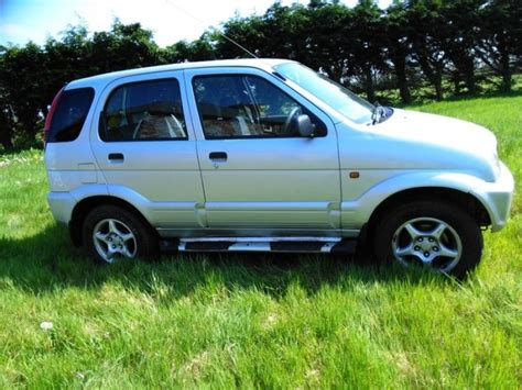 daihatsu terrios 13 jeep lovely car for sale in