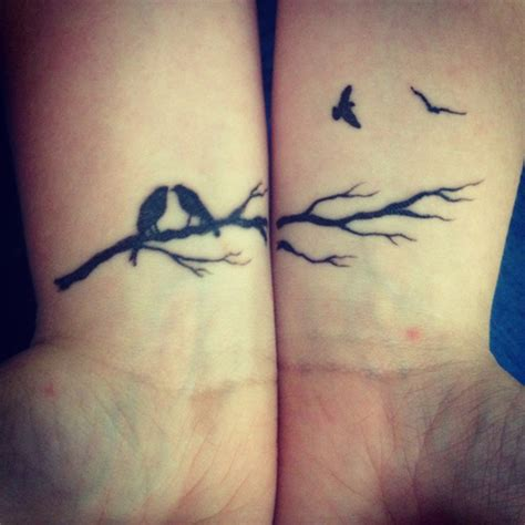 53 Fantastic Birds Tattoos For Wrist Bird Tattoos For