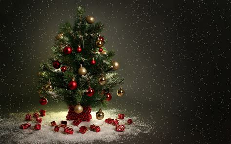 merry christmas tree wallpaper merry tree wallpapers happy holidays