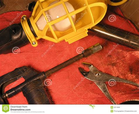 mechanic bench mechanics bench royalty free stock images image 3011669