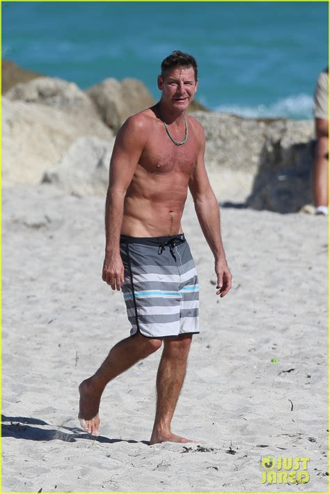 what is ty pennington doing now full sized photo of extreme makeover ty pennington still