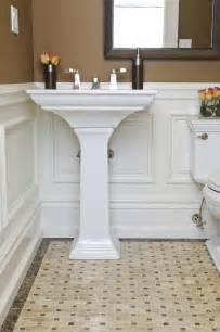 bathroom molding ideas best 25 wainscoting bathroom ideas on pinterest