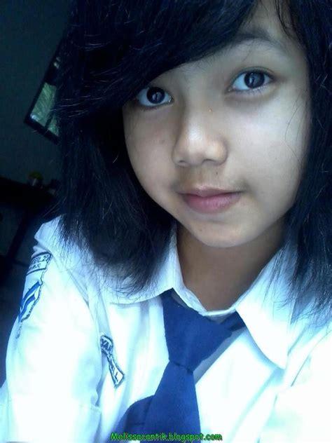 foto hot anak smp surabaya lovely indonesian junior high schoolgirl pictures
