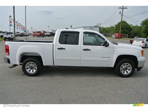 photos and videos 2011 gmc sierra 1500 crew cab truck summit white 2011 gmc sierra 1500 sle crew cab exterior photo 80982669 gtcarlot com