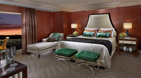 hotel suites in vegas with 3 bedrooms las vegas suites tower suites bellagio hotel casino