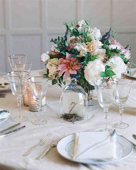 simple table centerpieces 39 simple wedding centerpieces martha stewart weddings