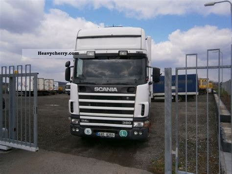 scania r114lb 1998 box truck photo and specs