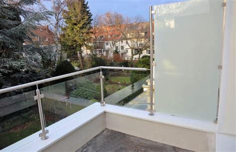 windschutz für eingangstüren idee windschutz balkon