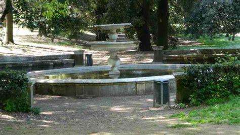 rubinetti per fontane in pietra miscelatori per fontane giardini arredamento fontane a