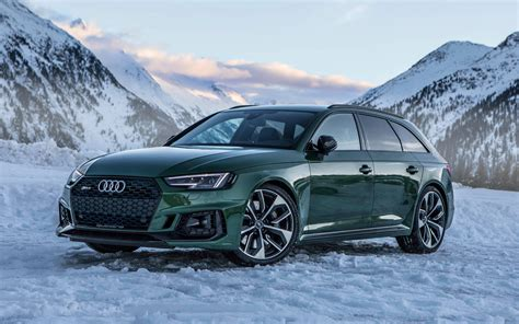 audi rs4 station wagon wallpapers audi rs4 2018 auditography green