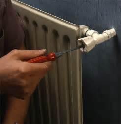 pose d un robinet thermostatique sur un radiateur ancien