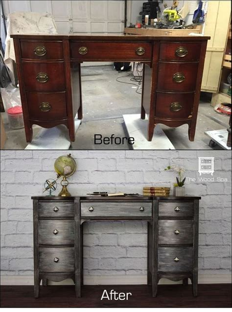 Diy Painted Desk 25 Best Painted Desks Ideas On Refinished Desk Desk Makeover And Desk Redo