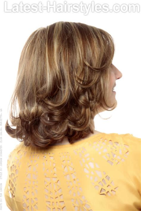 rear veiw of flicky hairsyles hairstyle short flip up hairstyles pictures
