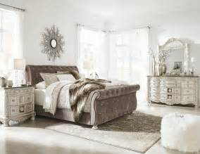 pearl bedroom set cassimore north shore pearl silver upholstered bedroom set