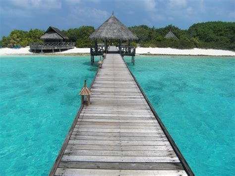 best time to visit maldives best time of year to visit the maldives 2018 2019