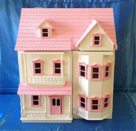 pink doll houses doll houses the doll house