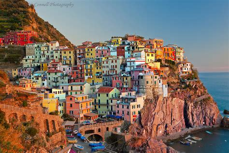 best cinque terre town manarola at sunset alan mcconnell photography