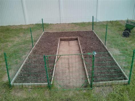 Chicken Wire Garden Fence garden with chicken wire fence and gate yard