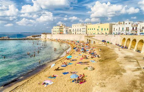 sulla spiaggia puglia migliori spiagge puglia guida con foto idee di viaggio