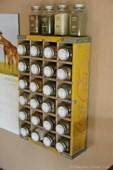 portaspezie legno portaspezie legno porta spezie con provette di vetro e
