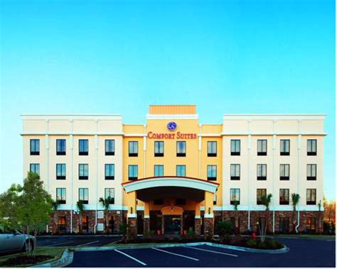 comfort suites simpsonville places to stay with swimming pool in greenville sc