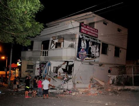 imagenes sorprendentes del terremoto en ecuador torre de control del aeropuerto viviendas y negocios en