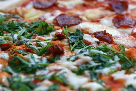 pizza toppings images reverse search