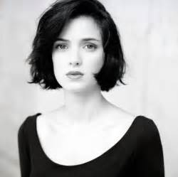 black bob hairstyles 1990 winona ryder hd desktop wallpapers