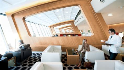 southwest airlines commercial actress legs qantas airlines lounge to enforce dress code abc news