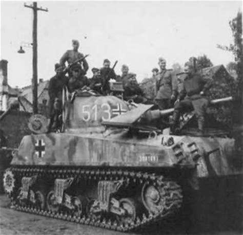 libro soviet lend lease tanks of russian soldiers pose after recapturing a lend lease m4 sherman modified by the germans beute