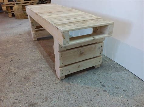 benches made from pallets old pallet wood bench 101 pallets